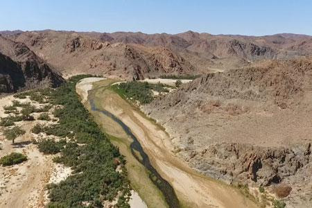 The Kaokoveld - Rugged mountains and river beds