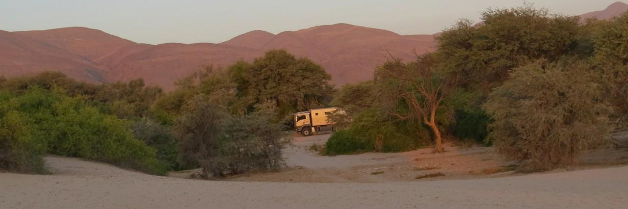 VIDEO: A travers le Kaokoveld avec l'Atacama