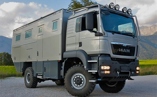 World traveler-expedition vehicle ATACAMA-6300