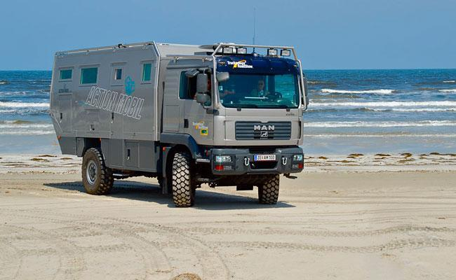 Action Mobil Off-road-Vehicles at the Atlantic coast