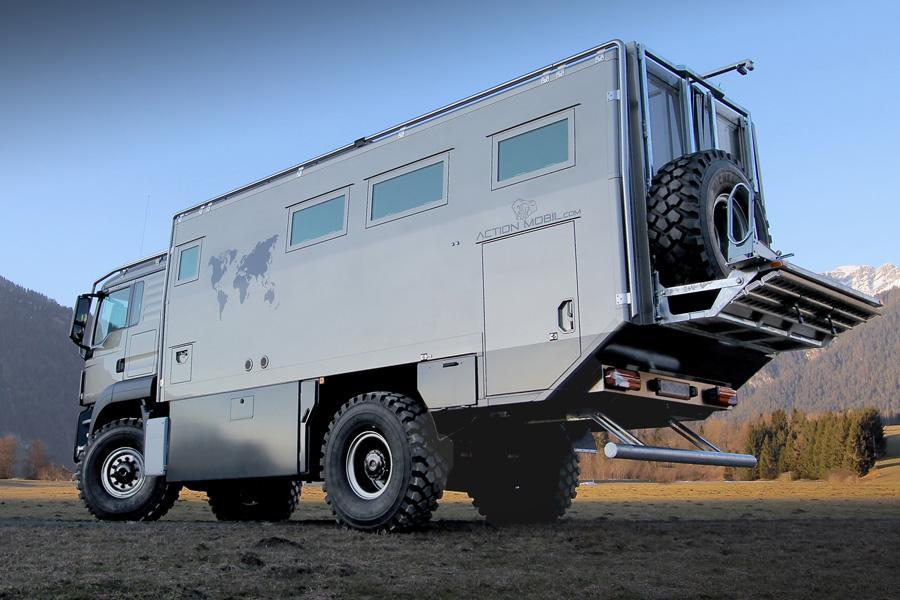 luxury off road camper atacama 6300 world travel vehicle of action mobil. Black Bedroom Furniture Sets. Home Design Ideas